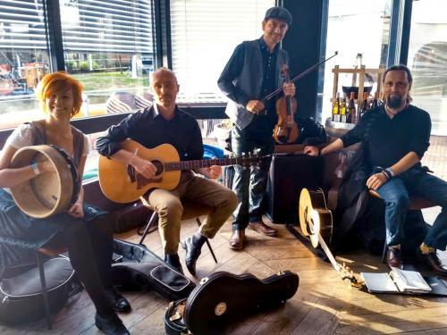 Występy na festiwalu Bie Daip w Holandii